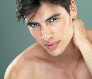 5-cara-menghilangkan-kerutan-pada-wajah-pria